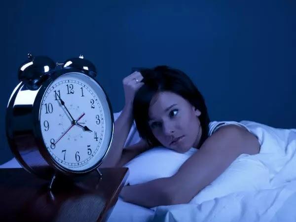 Mengapa Tidur Di Lantai Baik untuk Kesehatan?