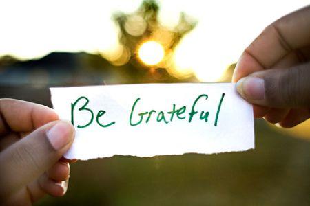 bersyukur adalah