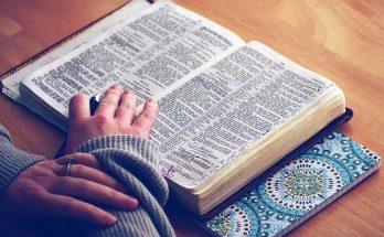 ayat alkitab yang menguatkan